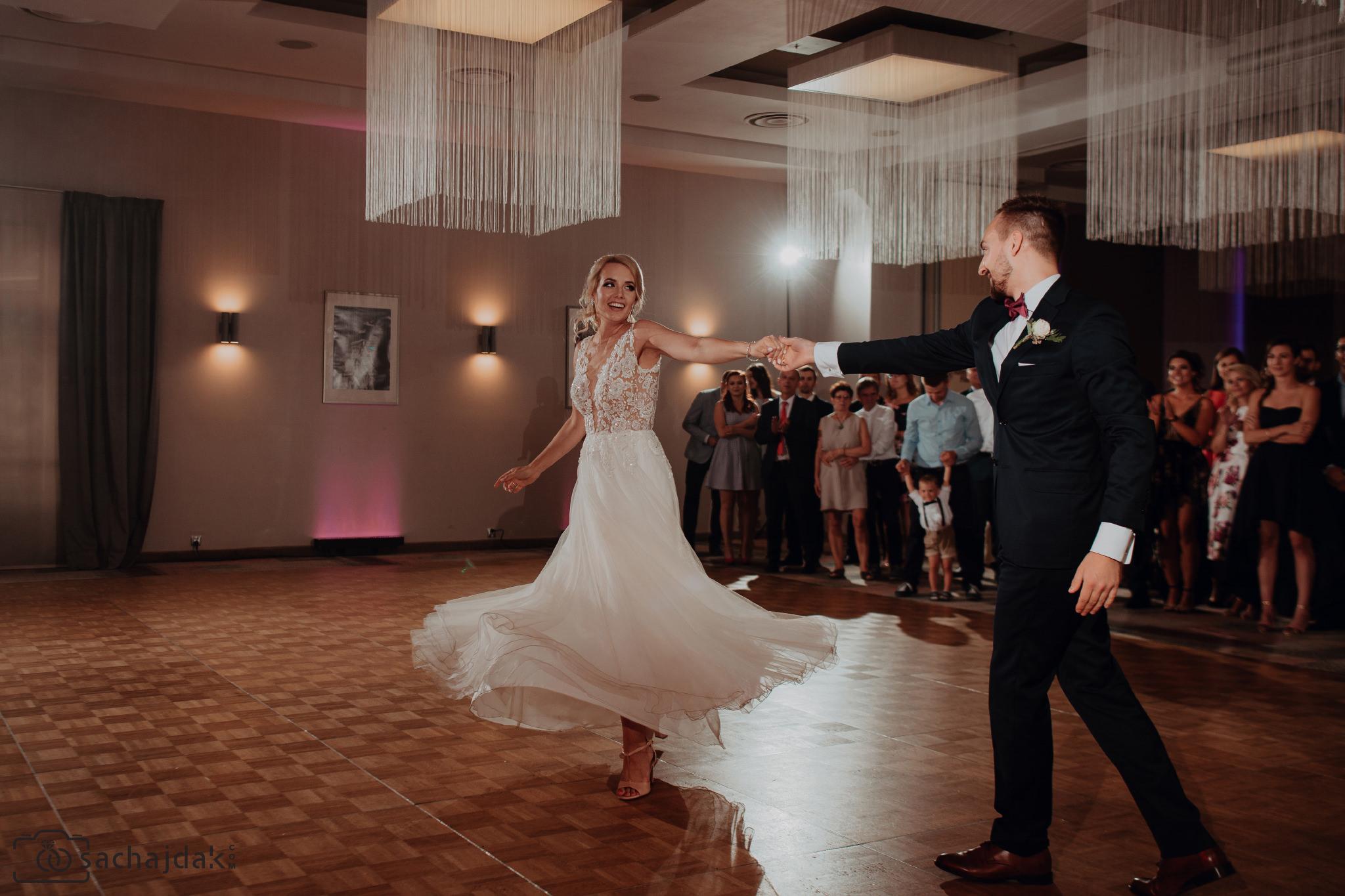 Zdjęcia na ślubie Toruń fotografia